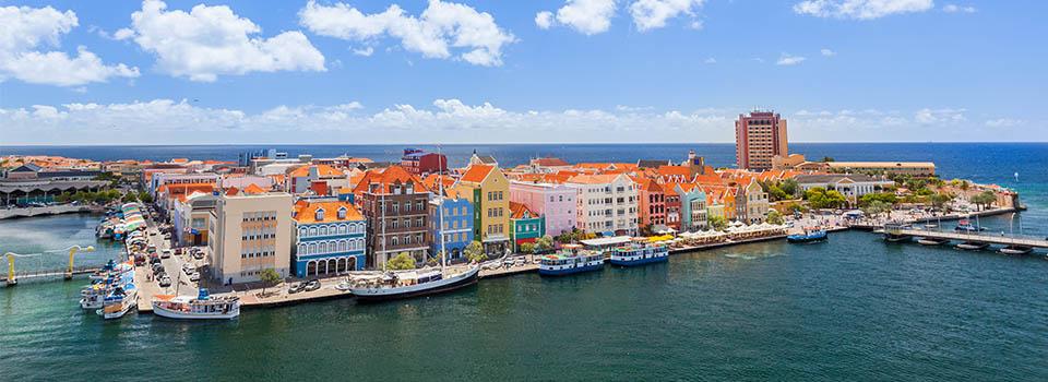 Willemstad in Curacao auf südlicher Karibik Kreuzfahrt